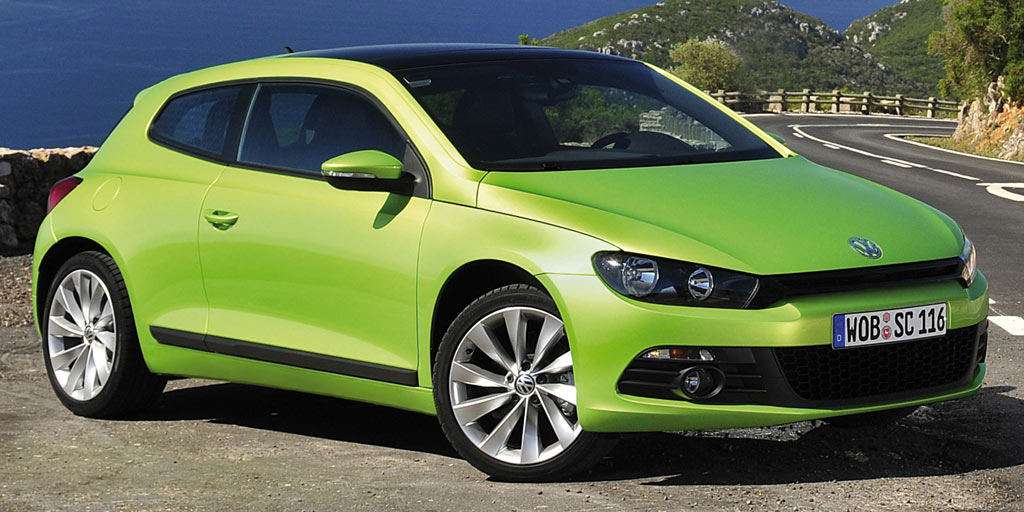 un coup turbo la volkswagen scirocco 1 4 tsi 122 ch 19470 euros auto moins. Black Bedroom Furniture Sets. Home Design Ideas
