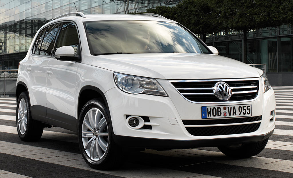 le volkswagen tiguan tdi 110 bluemotion un v hicule familial 22490 auto moins. Black Bedroom Furniture Sets. Home Design Ideas