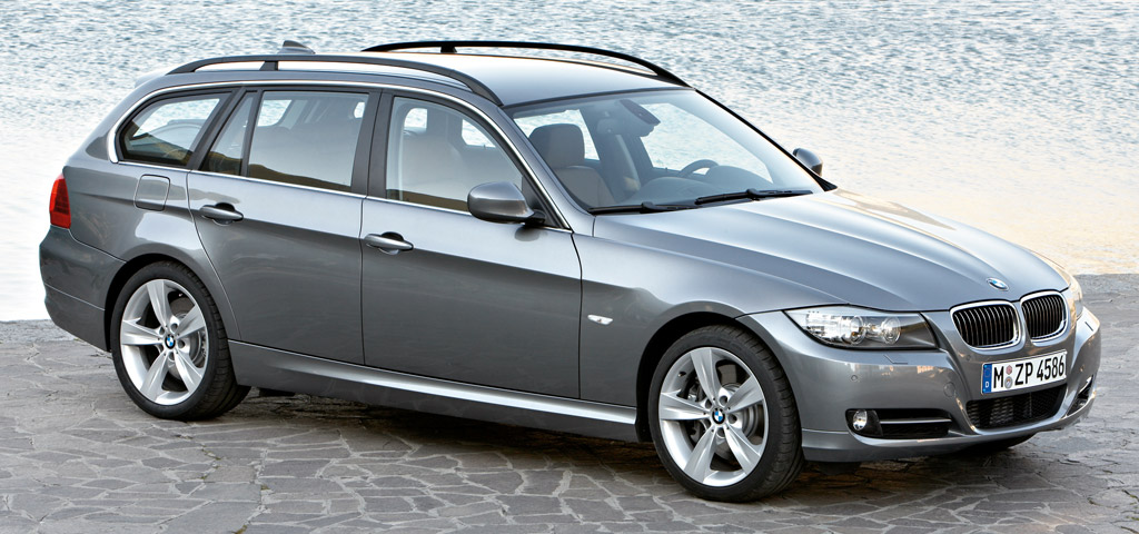 bmw s rie 3 touring la transmission int grale 1 de. Black Bedroom Furniture Sets. Home Design Ideas