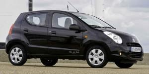 Suzuki-Alto-White-and-Black