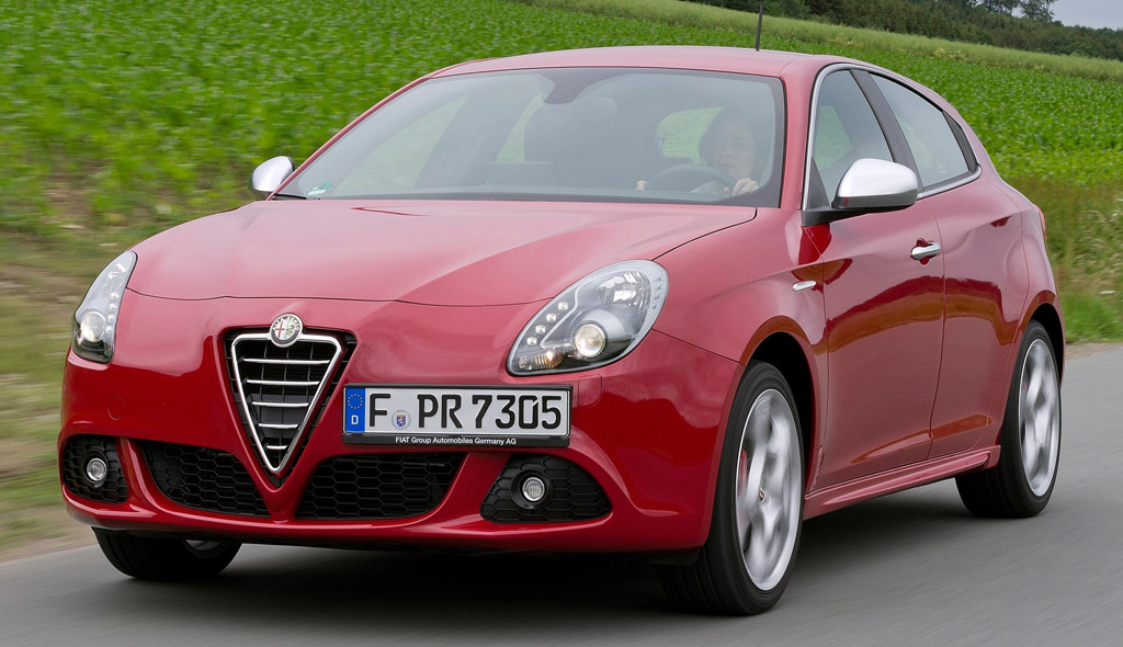 l 39 alfa romeo giulietta partir de 16900 euros avec une. Black Bedroom Furniture Sets. Home Design Ideas