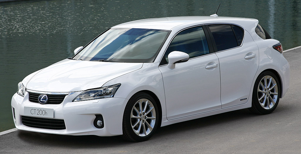 une hybride de luxe la lexus ct200h emotion 299 par mois auto moins. Black Bedroom Furniture Sets. Home Design Ideas