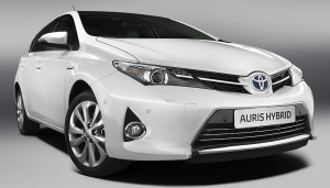 auris hybride toyota double le bonus cologique auto moins. Black Bedroom Furniture Sets. Home Design Ideas