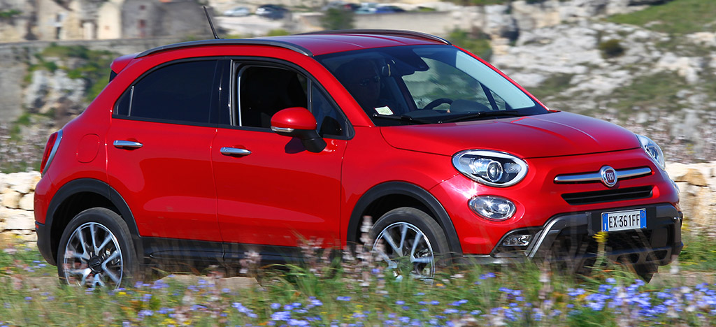 fiat 500x un look moderne pour 199 par mois sans apport auto moins. Black Bedroom Furniture Sets. Home Design Ideas